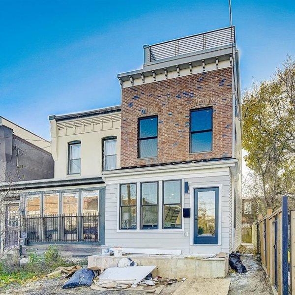 Single family home in South Philadelphia